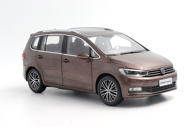 Fábrica 1:18 L 2016 Touran MPV wagon Modelo modelos de automóviles de aleación Muchos miembros móvil Favoritos