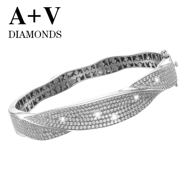 free shipping 18k white gold nature diamond modren luxury trendy bangle for lucky women engagement wedding