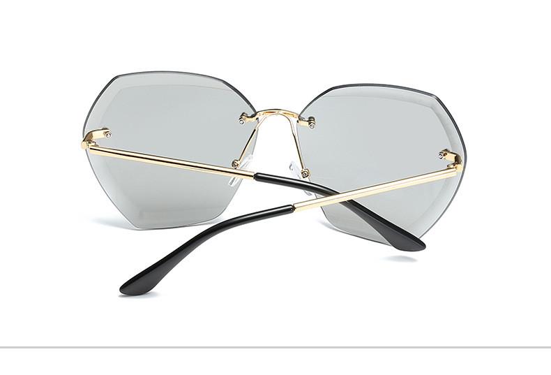 HTB1y03HfxPI8KJjSspfq6ACFXXaU - Luxury Vintage Rimless Sunglasses Women Brand Designer Oversized Retro Female Sunglass Sun Glasses For Women Lady Sunglass 2018