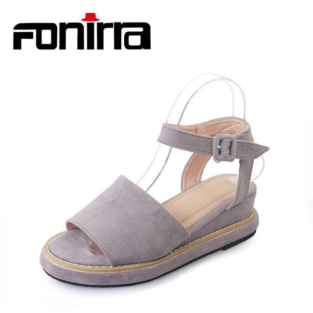 5279a9f6b Dedos moda Espreitadela Saltos Gatinho de Verão Das Sandálias Das Mulheres  Sapatos de Camurça de Couro