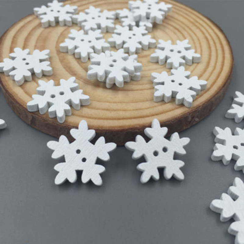 200PCs Crafts Christmas Snowflake Wooden Buttons Fit Sewing Fast Transport 18mm