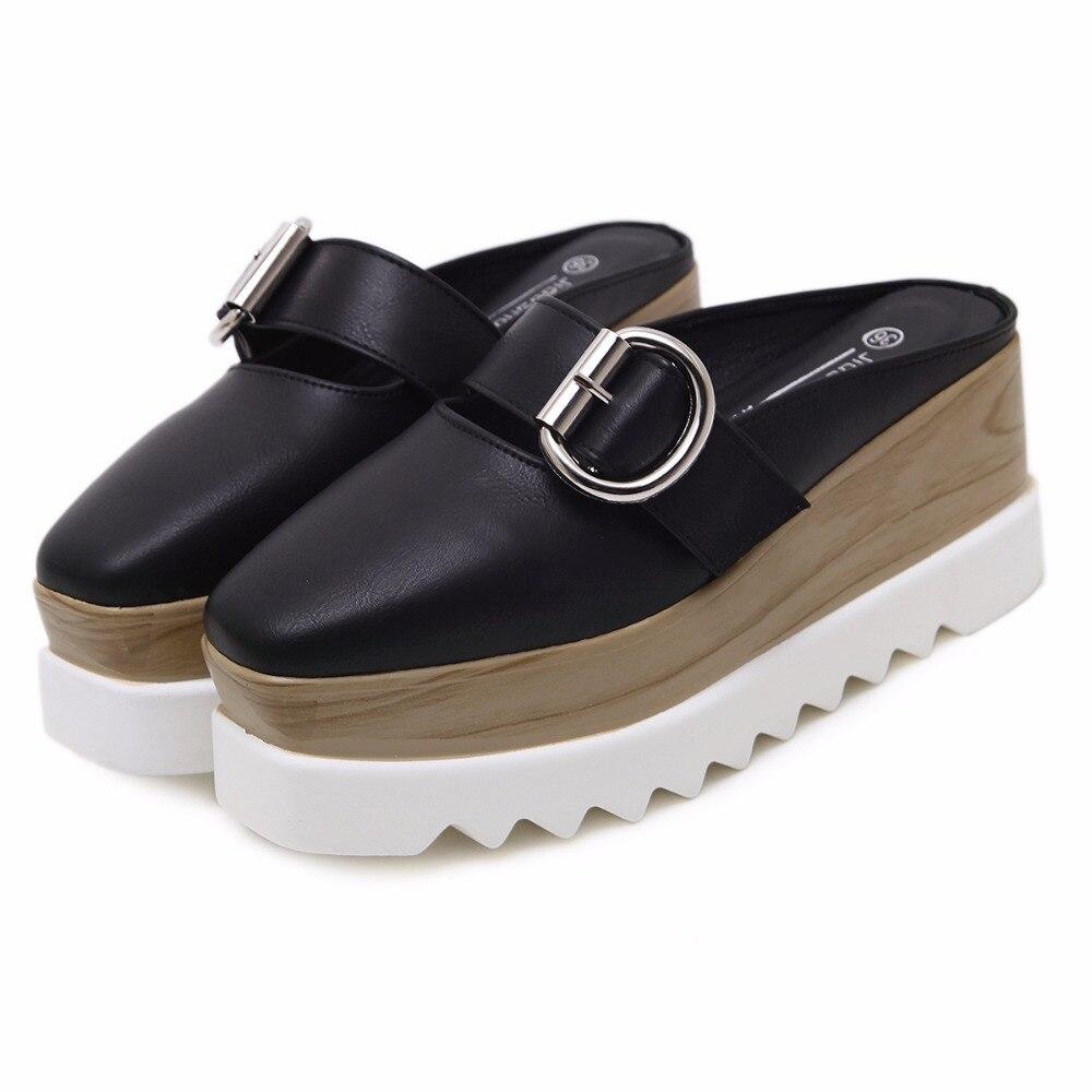 المرأة منصة أحذية رياضية اللعاب كعكة سميكة أحذية البريطانية أزياء نمط حذاء نسائي كاجوال-في أحذية نسائية مسطحة من أحذية على  مجموعة 2