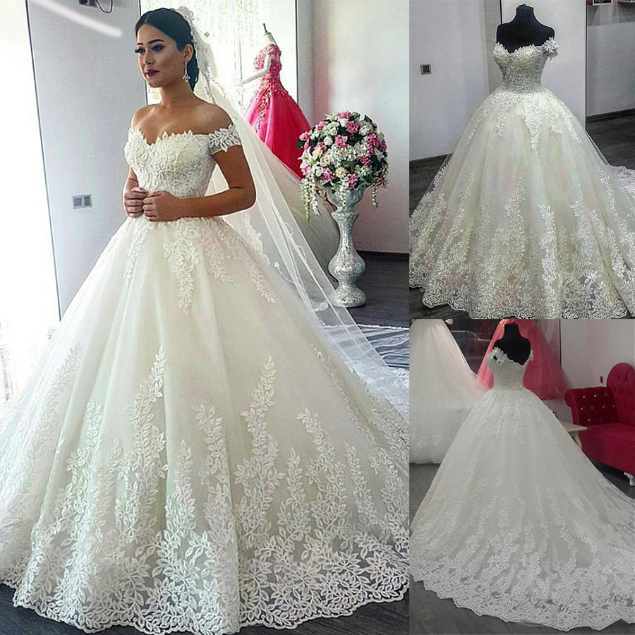Fascinating Tulle Off-the-shoulder Neckline Ball Gown Wedding Dress With Lace Appliques Hot Sale Leaf Lace Bridal Dress