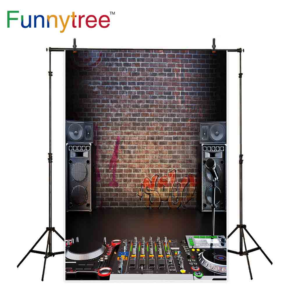 Funnytree backgrounds for photography studio Music sound equipment brick wall vintage professional backdrop photocall photobooth image