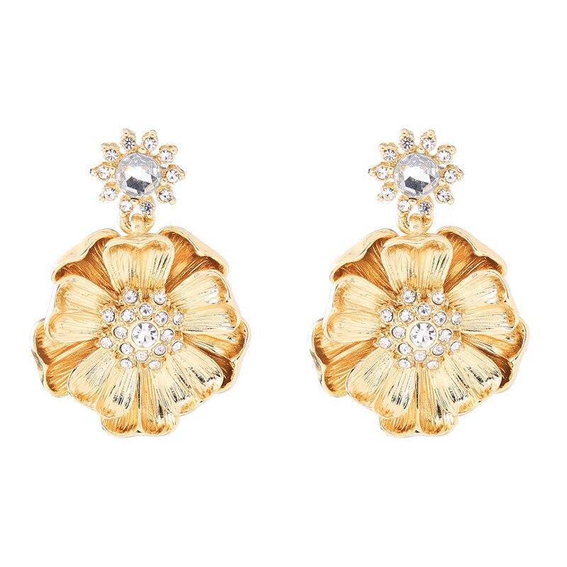 ZWPON 2018 Summer Jewelry Gold Rhinestone Flower Earrings for Women Fashion  Earrings Wholesale-in Drop Earrings from Jewelry   Accessories on  Aliexpress.com ... c473156176d7