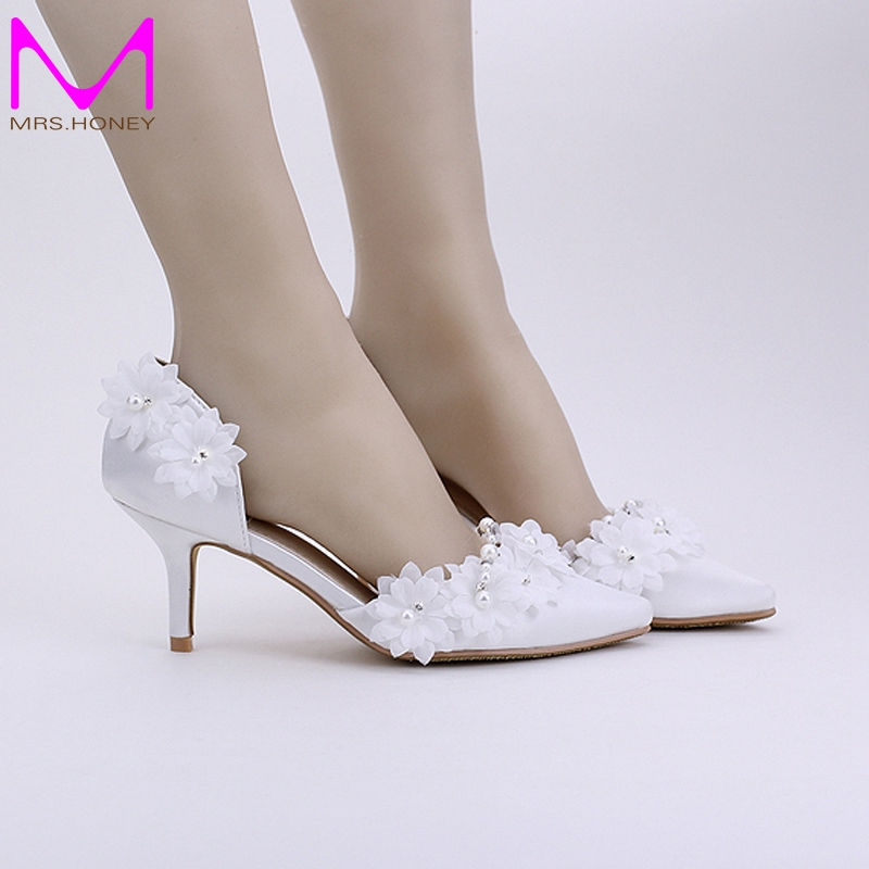 ФОТО Promotion Bridesmaid Shoes 2016 New Arrival White Satin Bridal Dress Shoes Lace Appliques Pointed Toe Mother of the Bride Shoes