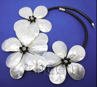 hot& white MOP sea shell flower pendant pearl necklace 18