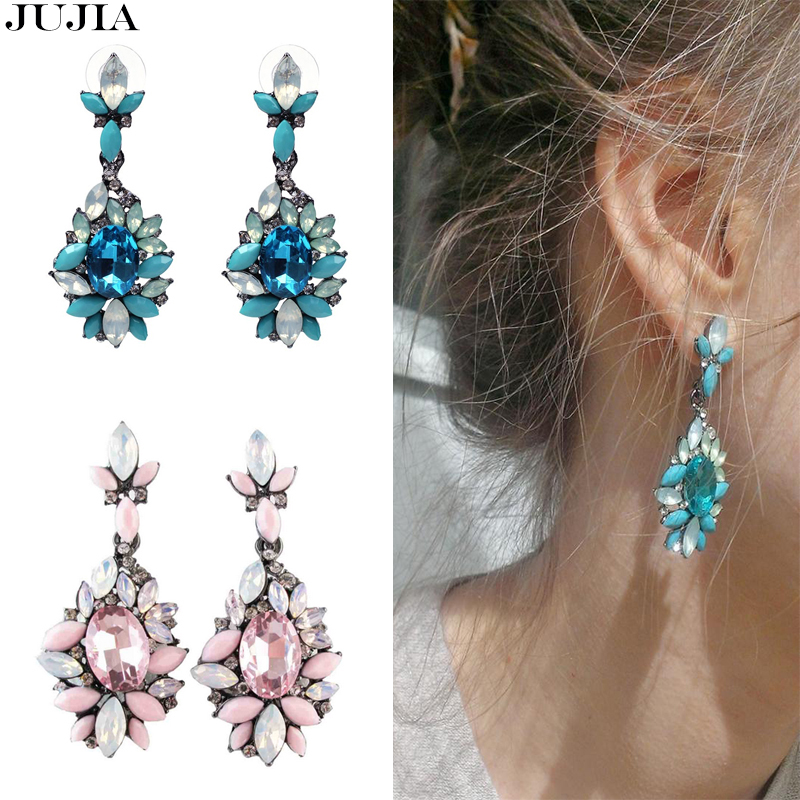 Whoelsale Beautiful 2018 Trend Fashion Crystal Stud Earring Vintage Statement Fashion blue pink stone chic Earrings for Women