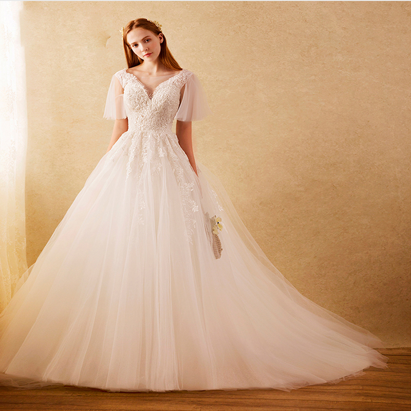 Vestido de noiva slim fit lace wedding gown sexy deep v for Fitted wedding dresses for plus size