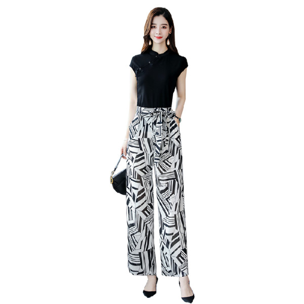 2019 Summer Elegant Two Piece Sets Outfits Women Plus Size Short Sleeve T-shirts And Printed Wide Leg Pants With Belt Suits Sets 28