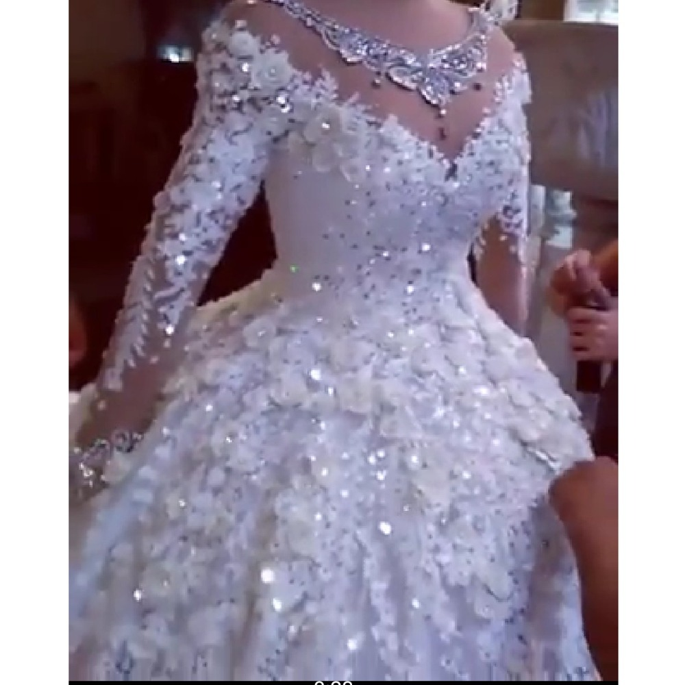 Luxurious Crystal Wedding Dresses 2019 Full Sleeves Beaded Puffy Bridal Gowns 3D Flower Lace Wedding Gowns Robe De Mariee
