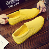 Men Shoes Canvas Cloth Casual Shoes Solid Color Male Yellow Sneakers Slip on Moccasins Lazy Loafers Flat Heel Simple Style 39 44