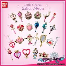 PrettyAngel Mini figura de Sailor Moon, palillo de Luna, llavero, 25 ° Aniversario
