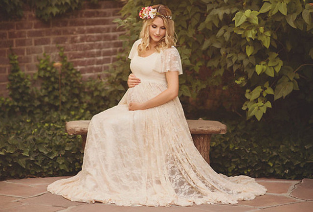 The Classic White Summer Maternity Gown for Maternity Phototography   Spring 2016 Collections