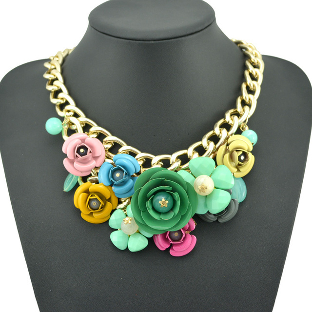 New Design Fashion Multicolor Spray Paint Metal Flower Crystal Beads