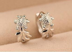2016 new arrival fashion goldfish design 925 sterling silver female ladies clip earrings jewelry wholesale birthday gift women