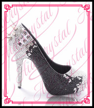 Aidocrystal new designer women black and white crystal evening shoes with rivet chain decor heel