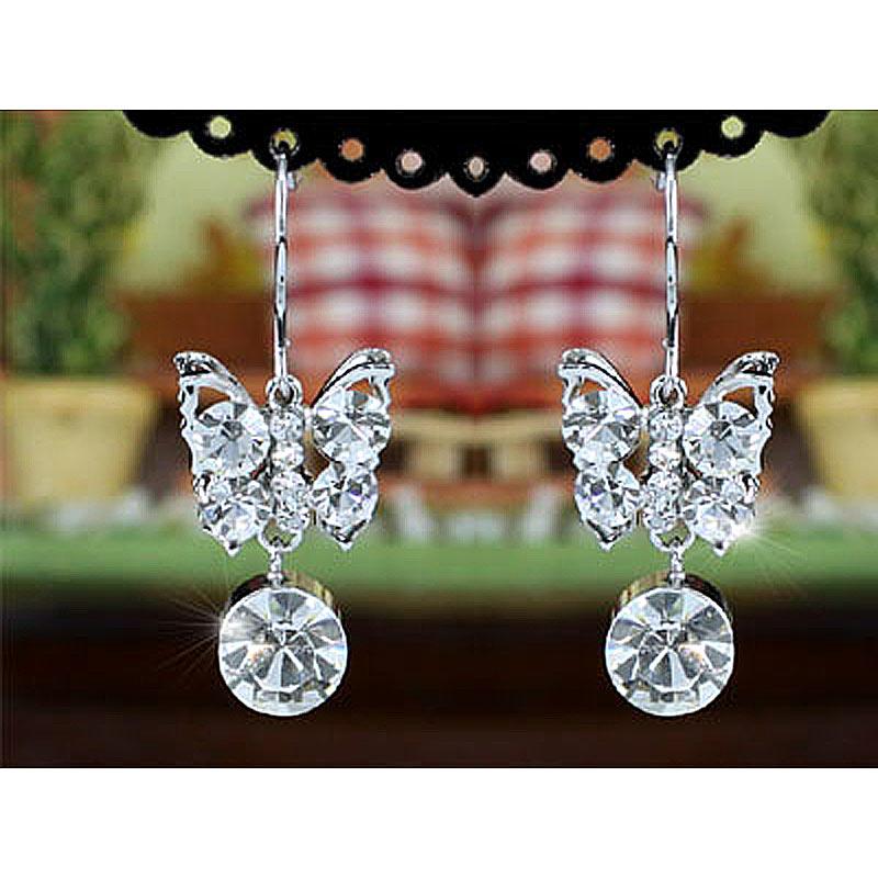 e5dd22ae6daa La estrella del Pavo Real cuelga el cristal austríaco de la mariposa  Pendientes cse370