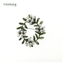 Vanssey Vintage Flower Branch Leaf Natural Freshwater Pearl Green Coating Oval Brooch Pin Scarves Wedding Accessories