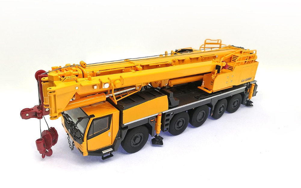 цена на 1:50 KATO KA-1300R Crane Model, diecast Model, Zinc Alloy Replica, Construction Model, Free shipping