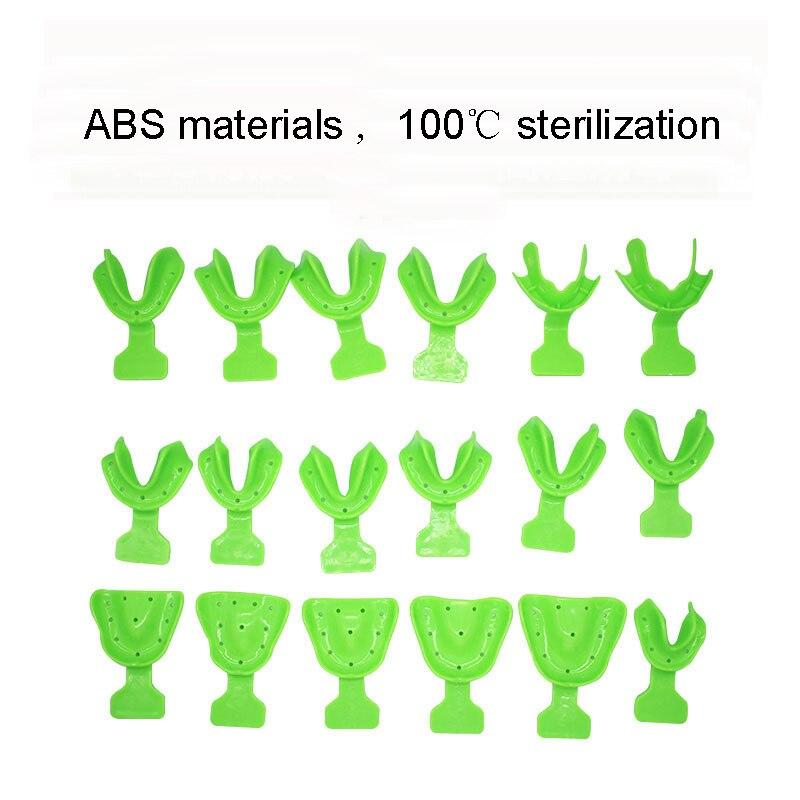 Plateau d'impression dentaire en plastique jetable de matériaux de laboratoire dentaire de 18 pièces réglé avec Edentulous