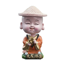 2019 Hot Sale Creative Car Modern Cute Shami Shaking Head Monk Decoration Straw Hat Doll Resin Craft For Home Accessories