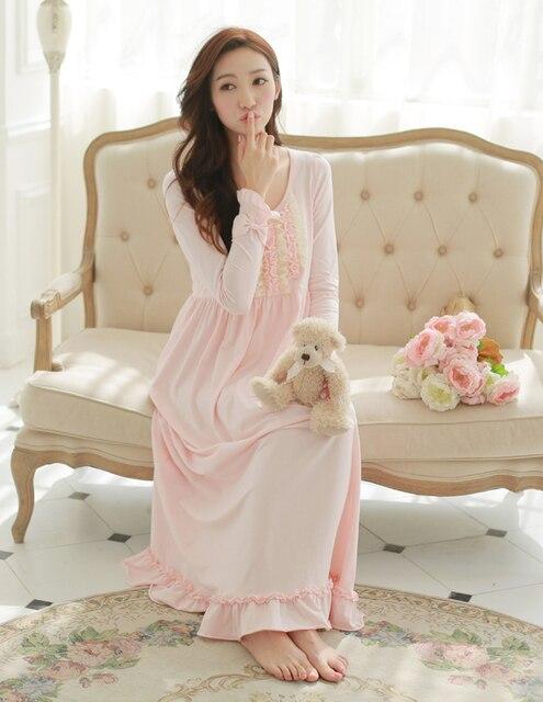Free Shipping 100% Cotton Princess Nightdress Royal Pijamas Women s Long  Nightgowns Lace Sleepwear Nightshirt feminino b66364797