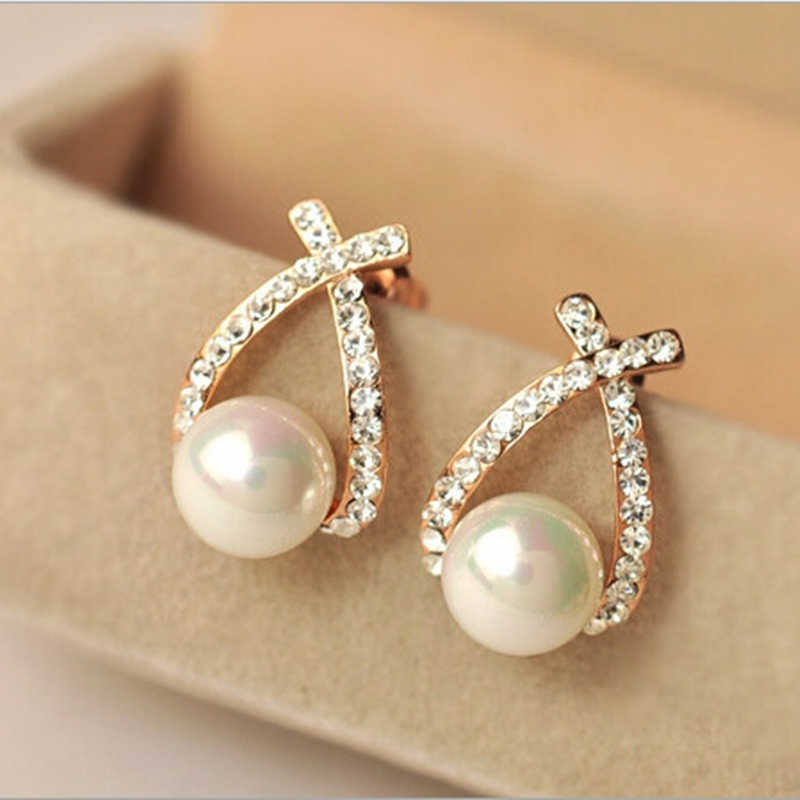 free shipping Fashion Gold Crystal Stud Earrings Brincos Perle Pendientes Bou Pearl Earrings For Woman charm