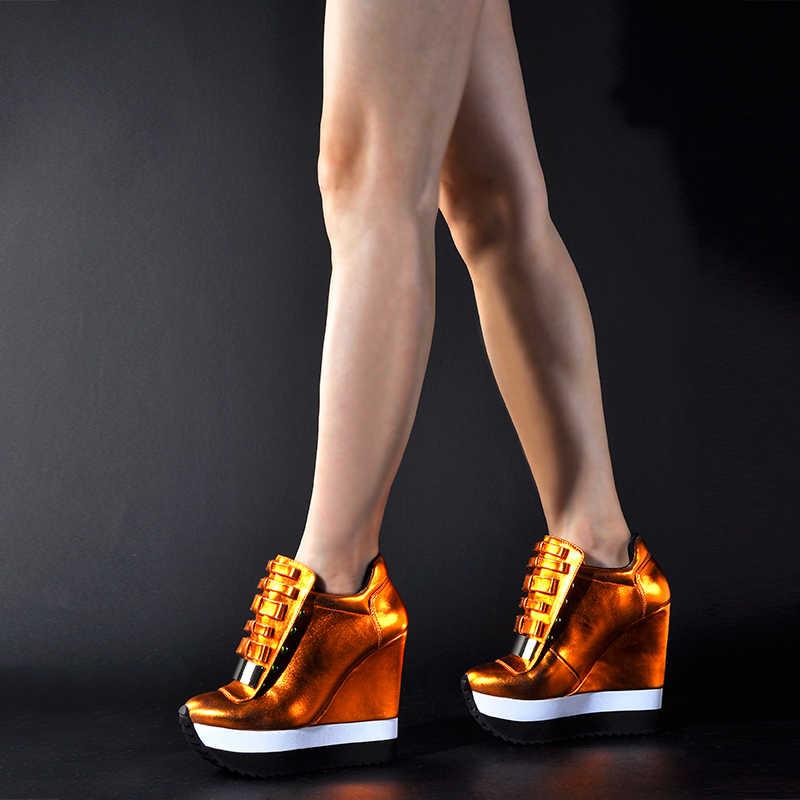 Pembe Avuç Içi Ayakkabı Kadın Yüksekliği Artırmak Kadınlar Sonbahar Kış yüksek topuklu ayakkabı Trend Renk Benzersiz Tasarım Spor Ayakkabı