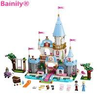 Bainily 669pcs Girl Princess Castle DIY Model Building Block Bricks Cinderella Romantic Castle Blocks Figure