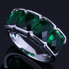 Eye-Catching Green Cubic Zirconia 925 Sterling Silver Ring For Women V0624