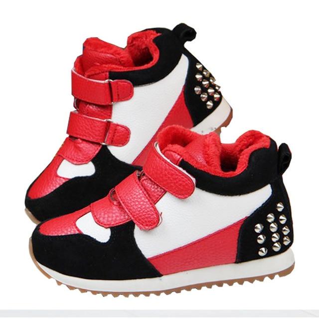 86d6d0db7 ... nuevo invierno de cuero plena flor niños jordan interior zapatos botas  de futbol para niños niñas