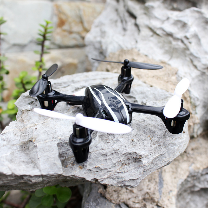 JD-385 mini wireless remote control aircraft Four aircraft 2.4G 6-channel super Spread Spectrum Systems 2 4g four axial 4 channel ir remote control aircraft toy black