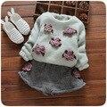 2016 nova outono inverno meninas do bebê set de algodão cinco flor mais grosso T shirt + calças 2 pçs/sets crianças meninas terno Livre grátis