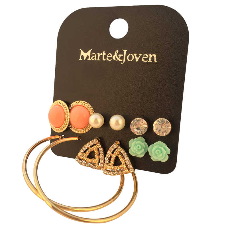 Marte&Joven 6 Pairs Multiple Round/Triangle Rhinestone Stud Earrings Set for Women Cute Gold Color Big Ear Studs Circle Earring