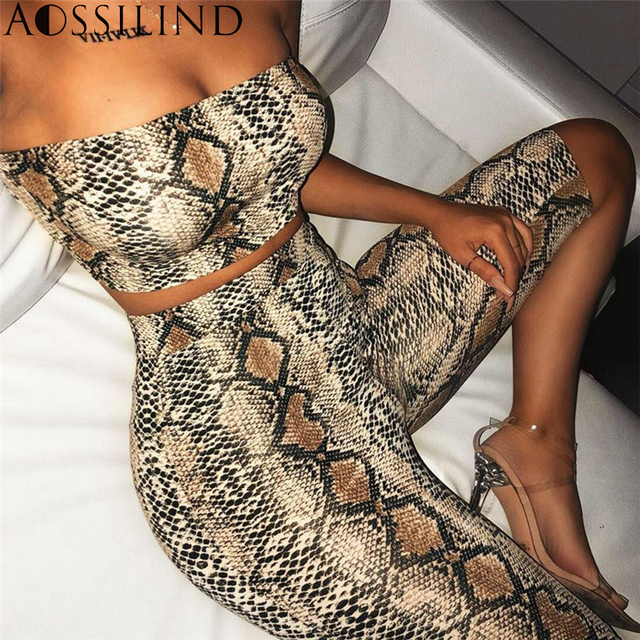 b992b297ae AOSSILIND Snakeskin Print Strapless Sexy Two Piece Playsuit Women Off  Shoulder Crop Top and Shorts Set Casual Short Jumpsuit