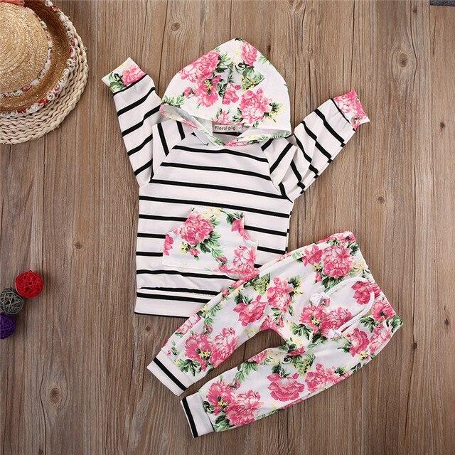 Nieuwe Stijl Baby Meisjes Kleding Sets Hooded Trui Tops Casual Gestreepte Broek 2 STKS Packet Kleding Sets Outfits Bloemen