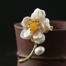 Natural Baroque Irregular Shape Pearl Brooches Coat Broche Sweater Chain Pendant Brooches large pearl brooch Pin Pearl long chain with windmill shape brooches pin