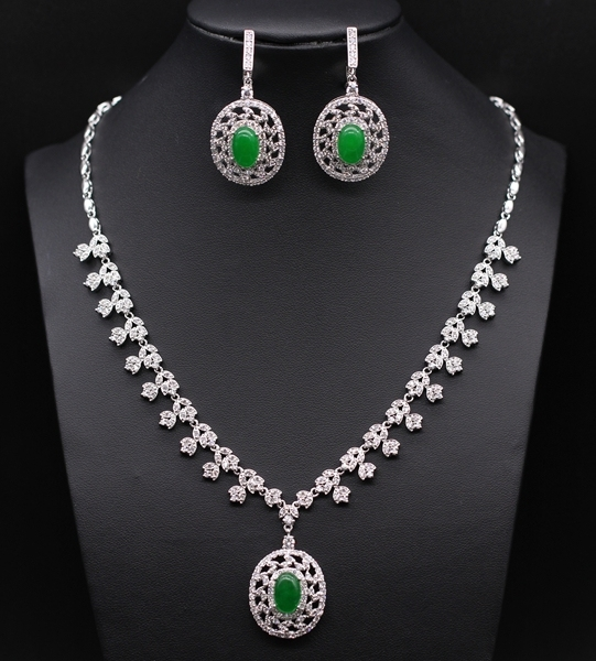 Luxury Style JINYAO Jewelry Hollow out Platinum Plated Malaysian jade&Crystal Round Necklace Earrings Set