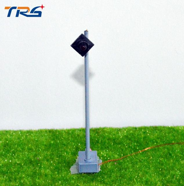 7.5cm construction model of traffic lights.DIY lights / material sand table model of traffic light signal lamp
