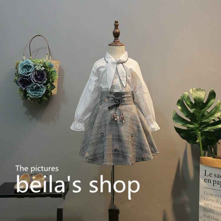 2018 early spring new Korean children's wear lace bow tie shirt with tie high waist A word skirt 2 suit