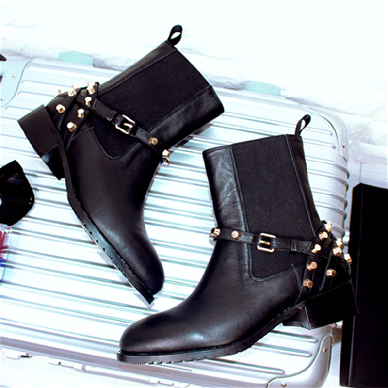 Women Ankle Fashion Casual Boots 2017 New Luxury designer Genuine Leather Rivet Punk Boots Black Boots Flat Slip Ons Shoes A6860
