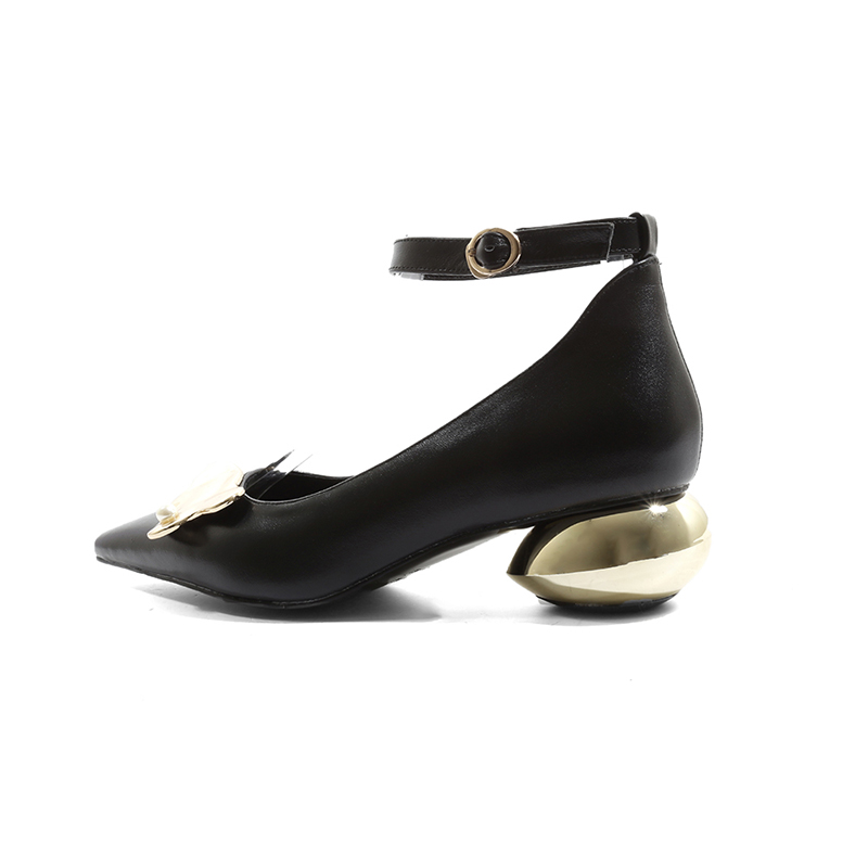 ISNOM الكاحل حزام مضخات النساء وأشار اصبع القدم زخرفة المعادن الأحذية غير عادية الكعوب الأحذية الإناث جلد البقر أحذية الحفلات امرأة-في أحذية نسائية من أحذية على  مجموعة 3