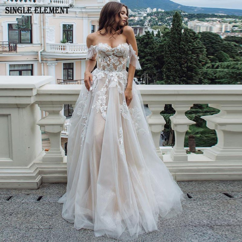 SINGLE ELEMENT Princess Flower Applique Wedding Dress Boho Wedding Gown