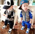 Новый осенняя мода детская одежда устанавливает leopard спорт baby boy одежда бархат детские одежды младенца случайные спортивный костюм