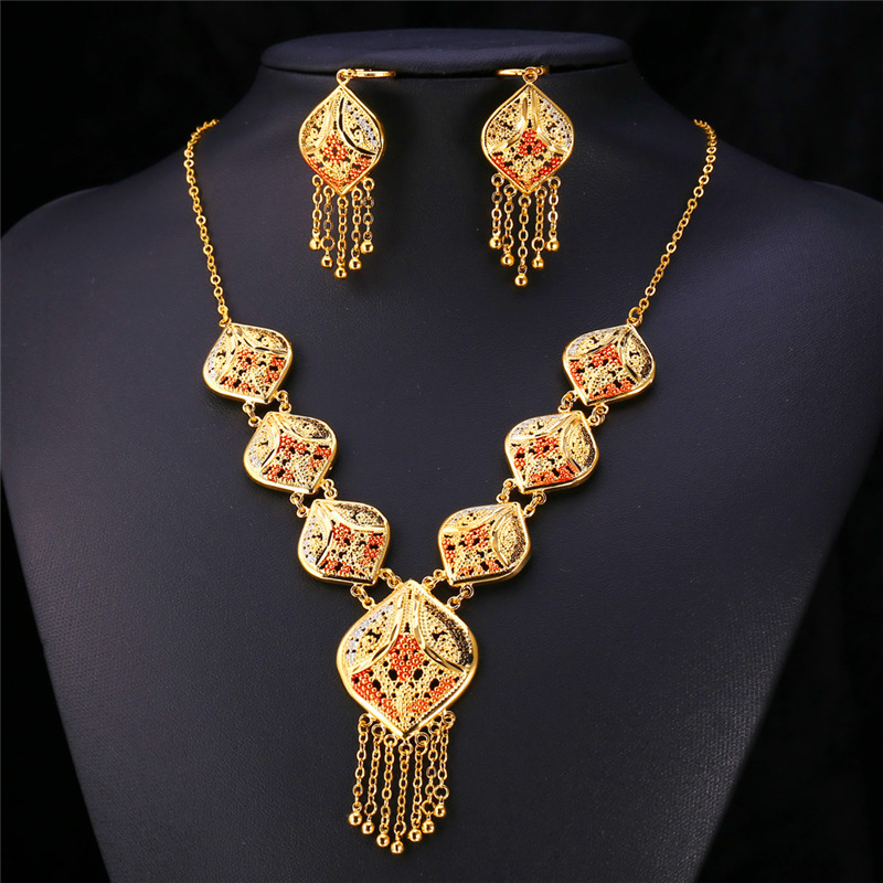 Gold Color Indian Jewelry Set Women Tassel Necklace u0026 Drop Earrings Vintage Party Earing And Necklace Jewellery Sets NE895-in Jewelry Sets from Jewelry ... & Gold Color Indian Jewelry Set Women Tassel Necklace u0026 Drop Earrings ...