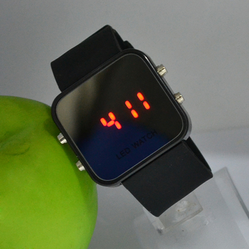 Popular Unisex Square Dial Watches Candy Color LED Mirror Dial Silicone Band Quartz Sports Watch NO181 5V4O