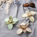 vintage acrylic crystal flower brooch costume jewelry pins lapel pin brooches mujer broche bouquet brooches for women boutonnier