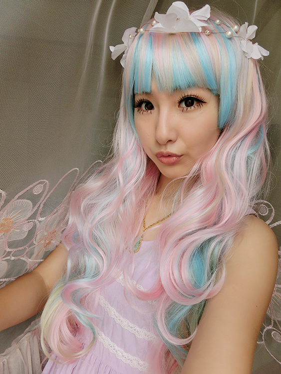 68CM Cosplay Anime Lolita Wigs Long Wavy Curly Hair Gradient Full Bangs Beige Blue Mix Pink Girls Full Wigs Ombre Wig Hot Style