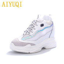 купить Women vulcanized shoes 2019 new spring and summer genuine leather women mesh shoes, platform high-heeled casual white shoes lady по цене 2047.2 рублей